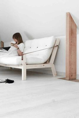 POETRY sovesofa stel natural. Futon madras farve 701 natural. KarupDesign