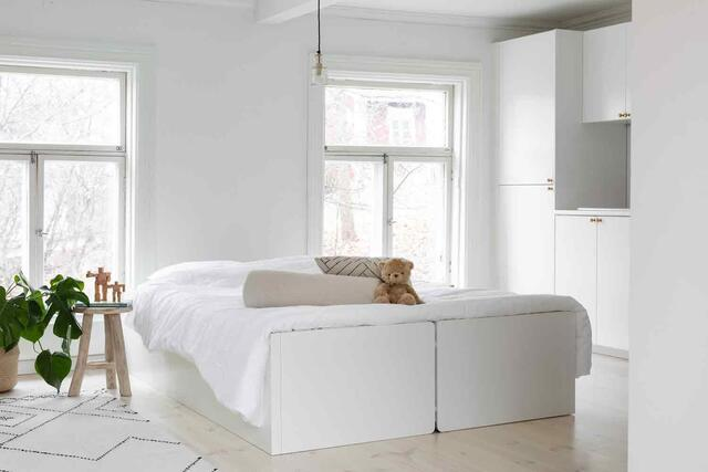 TableBed White 140x200 cm. the table bed in the highest quality from Finland